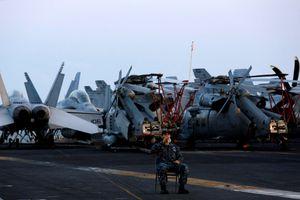 Chùm ảnh: Ngày đầu tiên của thủy thủ đoàn USS Carl Vinson tại Đà Nẵng