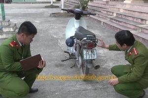 Ninh Bình: Dàn cảnh va chạm giao thông để 'cướp' tài sản người đi đường