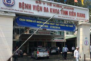 Kiên Giang: Đình chỉ bác sĩ 'đuổi' bệnh nhân về nhà