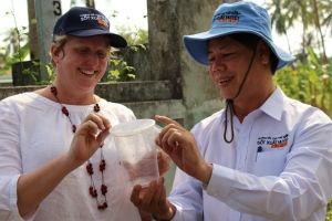 Hơn 3.000 con muỗi diệt sốt xuất huyết được thả ra đất liền