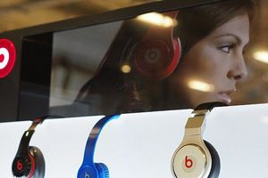 Apple phát triển tai nghe loại bỏ tiếng ồn cao cấp