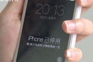 TQ: Con nghịch điện thoại, iPhone của mẹ bị khóa 47 năm