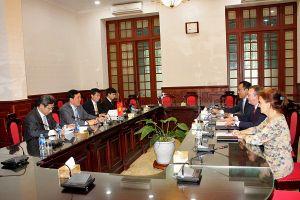 Chánh án TANDTC Nguyễn Hòa Bình tiếp Đại sứ Hungary tại Việt Nam