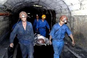 Quảng Ninh: Đứt cáp tại mỏ than Nam Mẫu, 1 người tử vong