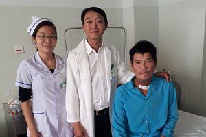 Phẫu thuật ung thư lưỡi lan rộng bằng phương pháp vi phẫu tạo hình