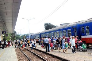 Đường sắt giảm giá 'khủng' để hút khách