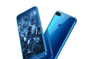Cận cảnh smartphone 4 camera, màn hình FullView sắp lên kệ ở Việt Nam với giá 4,29 triệu đồng