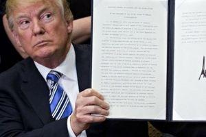 Mỹ chính thức đánh thuế thép 25%