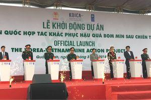 Khởi động Dự án khắc phục hậu quả bom mìn tại Quảng Bình, Bình Định