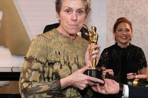 Nghi can lấy cắp tượng Oscar của Frances McDormand phủ nhận tội danh