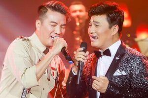 Mr Đàm và Quang Linh song ca bản nhạc bolero khiến khán giả thích thú