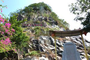 Níu giữ nghề xưa: Nghề đục đá ở Thoại Sơn