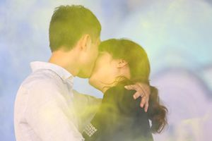 Nồng cháy những nụ hôn ở lễ hội hoa hồng Bulgaria