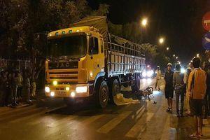 Tai nạn liên hoàn xe tải và xe máy, 3 người thương vong