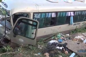 Khởi tố tài xế xe khách cán chết 2 đứa trẻ ở Bình Dương