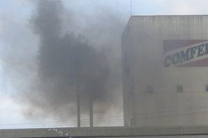 Nhà máy thức ăn chăn nuôi khắc phục khói thải sau khi VOV phản ánh
