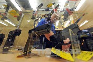 Mỹ: Thống đốc bang Florida ký thông qua dự luật kiểm soát súng đạn