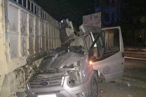 Tai nạn thảm khốc ở Sơn La, 4 người trên xe du lịch thương vong
