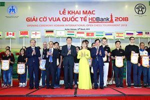 Chủ tịch Liên đoàn cờ vua thế giới dự khai mạc Giải Cờ vua Quốc tế HDBank 2018