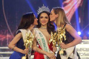 Hành trình đăng quang của Hương Giang tại Miss International Queen
