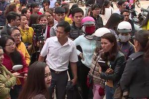 Tạm dừng chấm dứt hợp đồng để tìm giải pháp tốt nhất với hơn 500 giáo viên tại huyện Krông Pắk