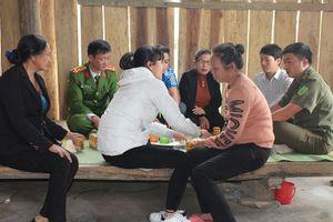 Giải cứu cô gái sau hơn 1 năm bị bán sang Trung Quốc