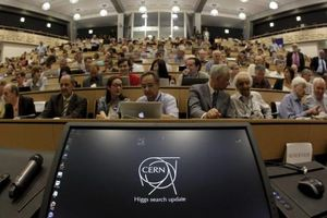 Nga tiếp tục hợp tác với Tổ chức Nghiên cứu hạt nhân châu Âu