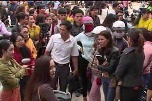 Tạm dừng việc cắt hợp đồng với hơn 500 giáo viên tại Đắk Lắk