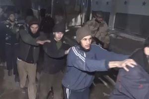 Phiến quân buông vũ khí, rời khỏi Đông Ghouta
