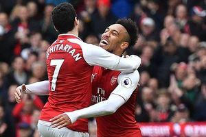 Aubameyang, Mkhitaryan giúp Arsenal thắng '3 sao'