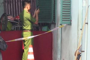Hai vợ chồng bốc cháy sau tiếng cãi vã trong phòng trọ