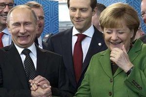 Món quà đặc biệt dành tặng Tổng thống Putin của Thủ tướng Đức Merkel