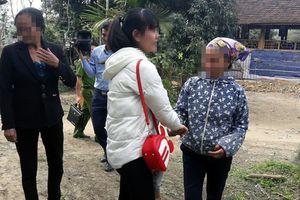 Sang Trung Quốc để làm việc lấy tiền chữa bệnh cho bố, cô gái bị lừa bán làm vợ xứ người