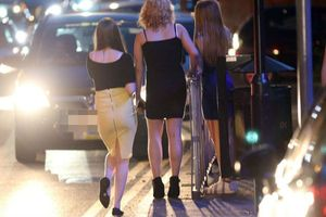 Scandal ấu dâm tồi tệ nhất nước Anh: Gần 1.000 bé gái bị hành hạ, cưỡng bức và bán làm gái mại dâm
