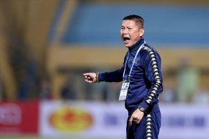 HLV Chu Đình Nghiêm: 'Không phải lúc nào Quang Hải cũng lóe sáng được'