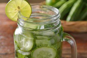 10 loại nước bạn nên uống vào mùa nắng nóng