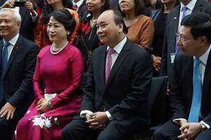 Thủ tướng: 'Tại sao thu nhập người Việt 2.400 USD mà không phải 5.000 USD'