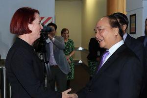 Thủ tướng Nguyễn Xuân Phúc đến New Zealand, bắt đầu thăm chính thức