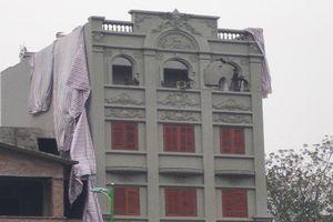 Phá dỡ biệt thự sai phép của gia đình cựu Cục trưởng Nguyễn Thanh Hóa