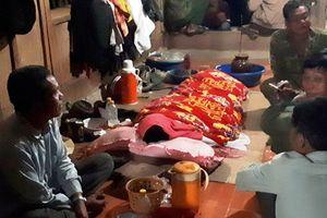 Nghi ngộ độc rượu, ba người cùng một nhà ở Nghệ An thiệt mạng