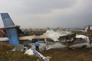 Máy bay rơi tại Nepal nghi do phi công hạ cánh nhầm hướng