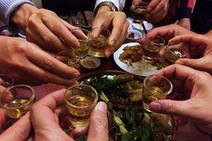 Nghệ An: Uống rượu ngâm rễ cây 3 người tử vong, 1 người nguy kịch