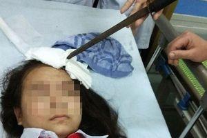 Vụ nữ sinh bị bạn phi dao vào trán: Gia đình nam sinh phải có trách nhiệm bồi thường