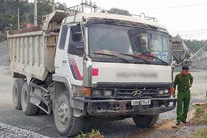 Xe tải không người lái tông chết người