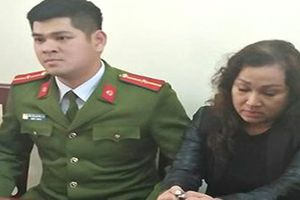 Nghệ An: Bắt đối tượng mang 2kg ma túy đá đến quán karaoke