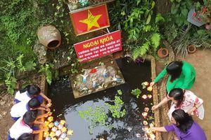 Lễ tưởng niệm Gạc Ma tại ngôi trường nằm chót vót Trường Sơn
