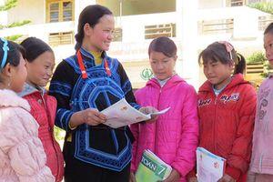 Gian nan công cuộc trồng người của nữ giáo viên vùng khó