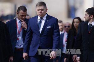 Tổng thống Slovakia chấp thuận điều kiện từ chức của Thủ tướng Fico