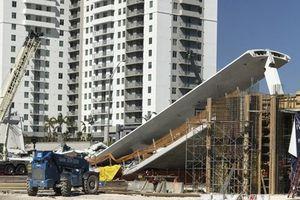 Vụ sập cầu ở Florida: Đã có ít nhất bốn người thiệt mạng