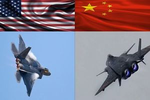 'Chỉ sử dụng vào thời khắc quyết định', nhưng J-20 Trung Quốc liệu có đủ sức đánh bại F-22 Mỹ?